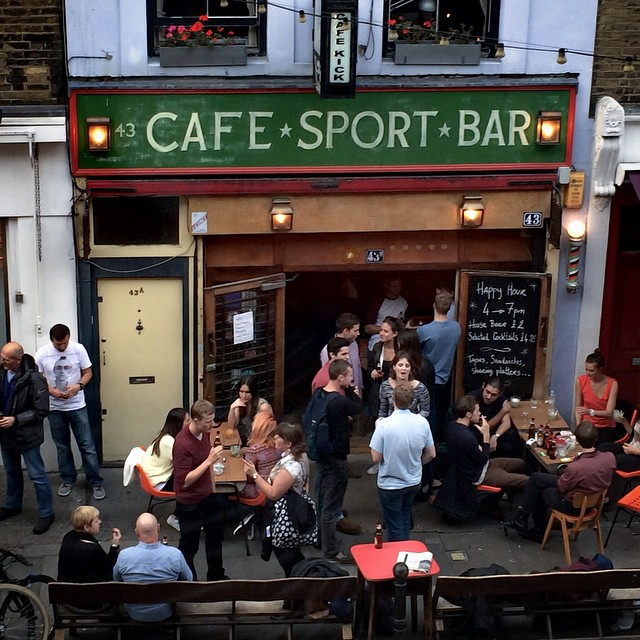 Cafe kick exmouth market